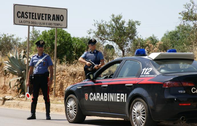 Castelvetrano, due giovani denunciati dai carabinieri