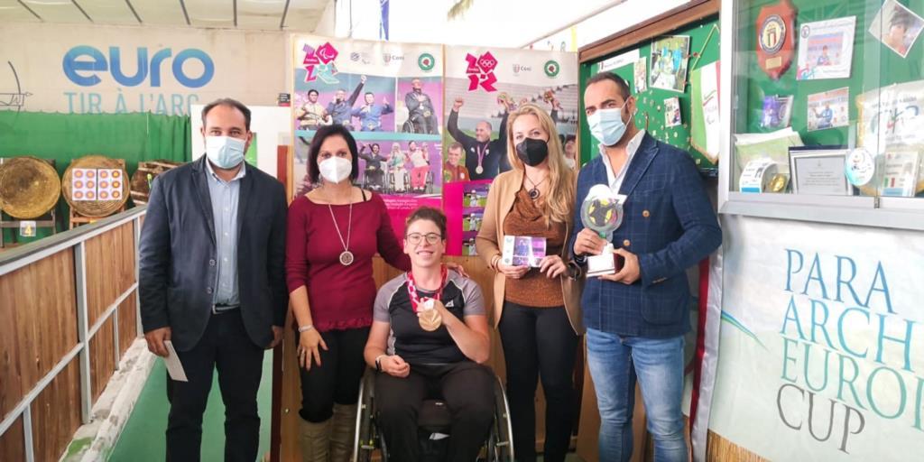 Premio delle Acli alla campionessa paralimpica Maria Andrea Virgilio