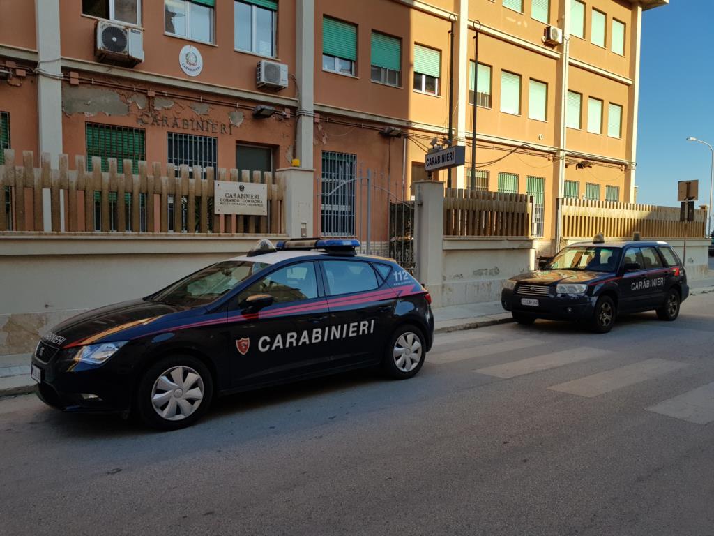 Controlli dei carabinieri, un arresto e due denunce