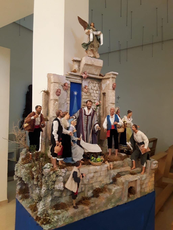 Solidarietà con la mostra dei presepi nella parrocchia Nostra Signora di Fatima