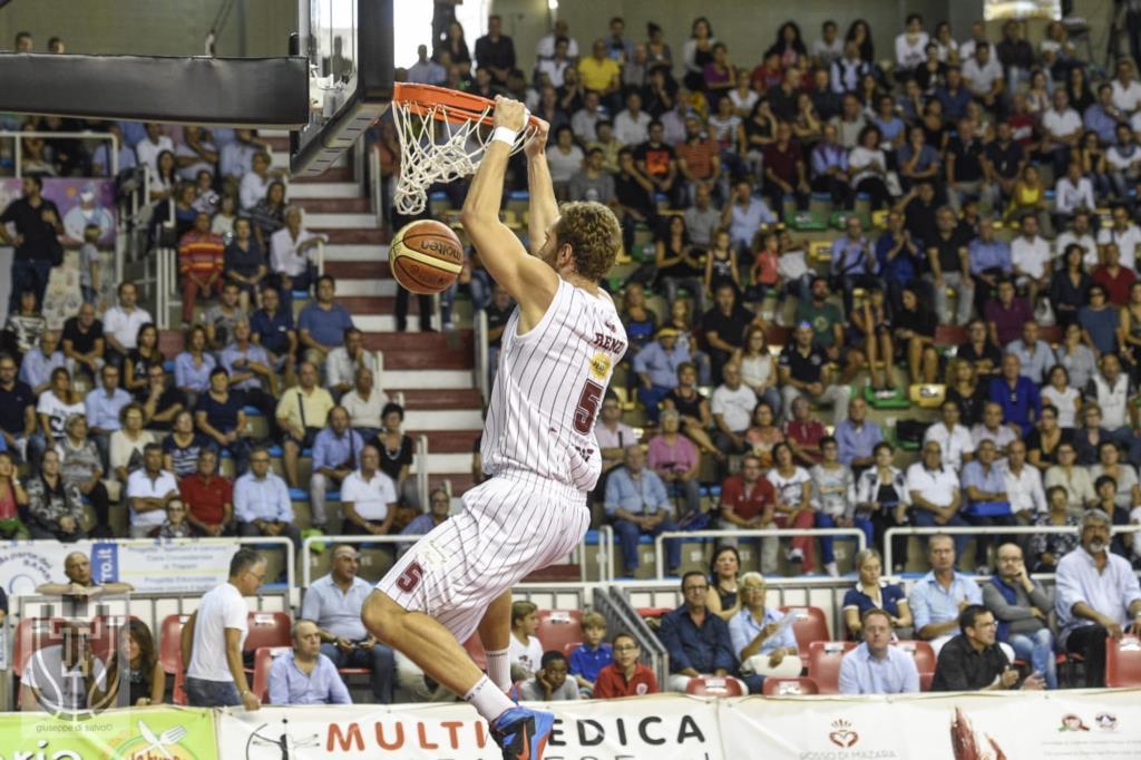 Andrea Renzi e Trapani, quando sport fa rima con amore