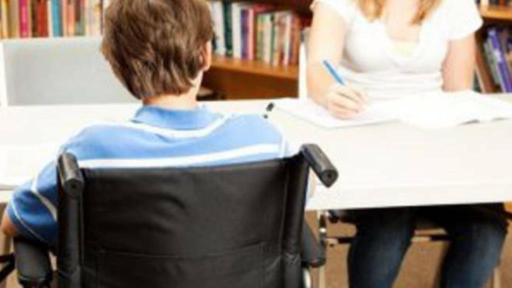 Assistenza agli alunni disabili: la Regione stanzia 5 milioni di euro ma il servizio ancora non c'è (VIDEO)
