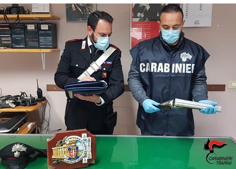 Omicidio Favoroso: rinvenuti dai Carabinieri due fucili a canne mozze (Video)