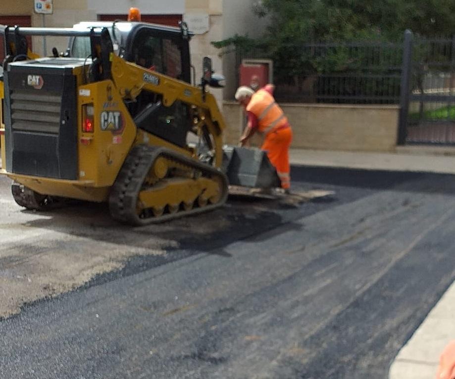 Trapani, il Comune ringrazia Open Fiber per l'asfalto sulle strade