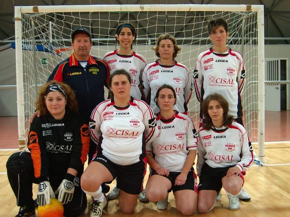 L'Associazione Number One apre le iscrizioni per il calcio femminile