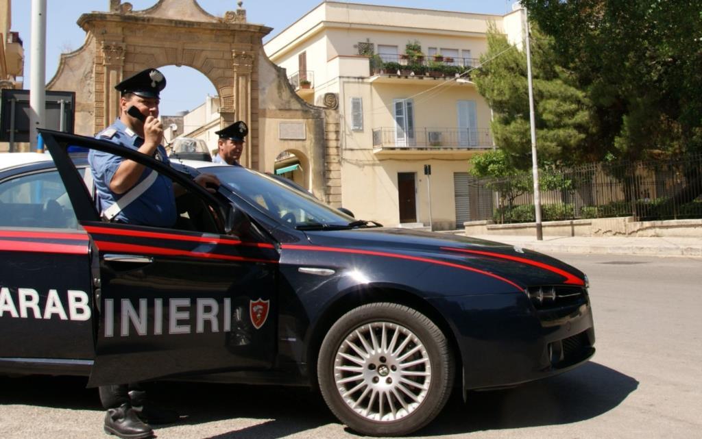 Castelvetrano: aggredisce i carabinieri, in manette un 43enne