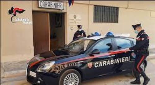 Campobello: maltratta e minaccia i genitori per estorcergli denaro, arrestato un diciannovenne