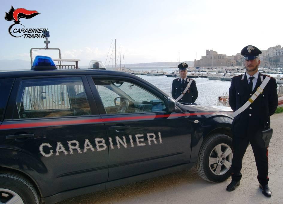 Castellammare: aggredisce l'ex compagna, in manette un venticinquenne