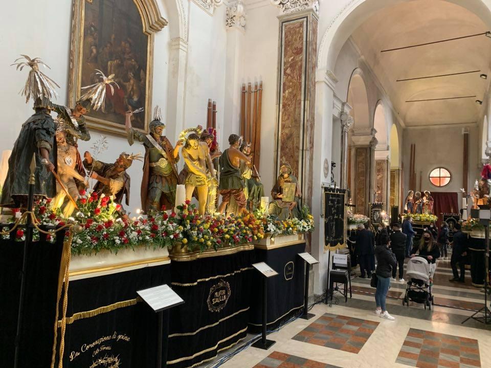 Settimana Santa a Trapani, non si fermano le visite dei fedeli ai Misteri