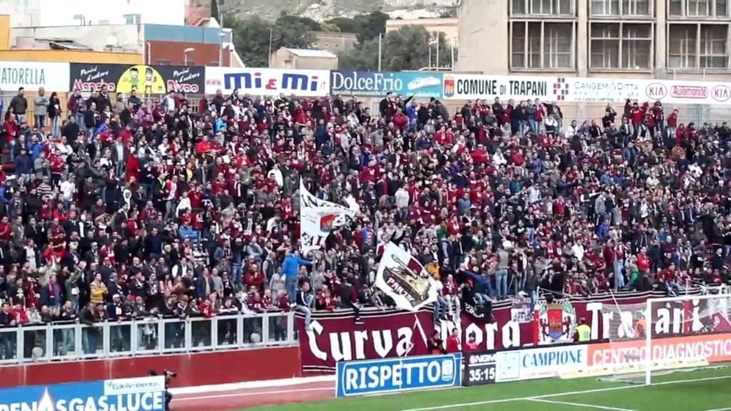 Trapani calcio, i tifosi insorgono contro il sindaco Tranchida