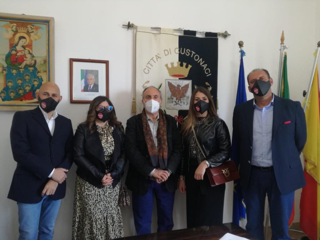 Custonaci, il sindaco azzera la giunta e la ricompone con nuovi assessori