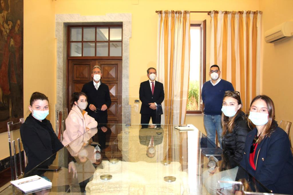 Marsala, il sindaco incontra i volontari che hanno ripulito il territorio