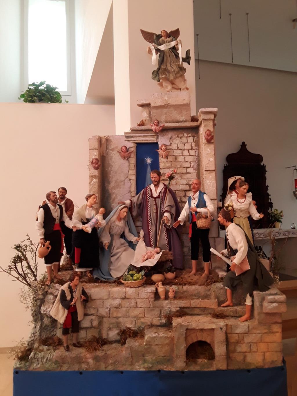 Nella parrocchia Nostra Signora di Fatima la tradizionale fiera natalizia