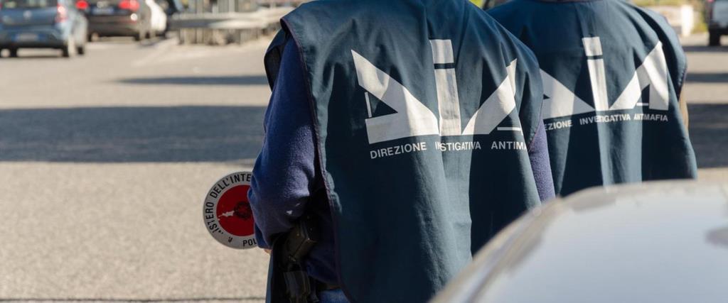 Mafia, arrestato a Castellammare del Golfo il figlio del boss Tano Badalamenti