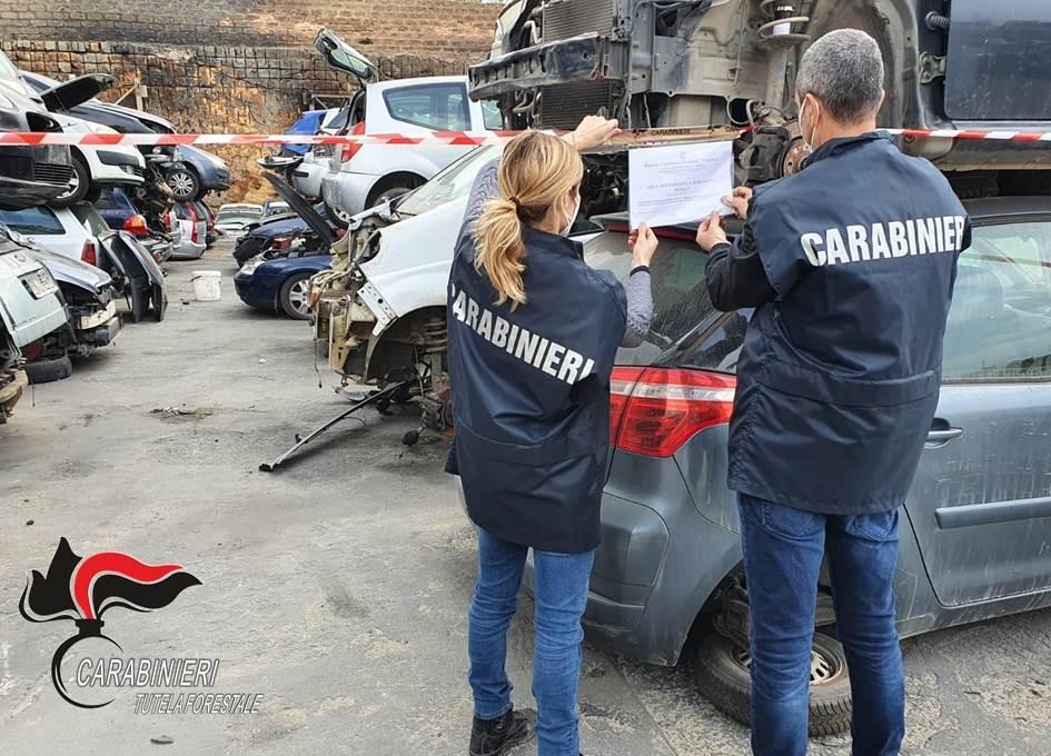 Mazara. Rifiuti pericolosi, i Carabinieri sequestrano 2 impianti di demolizione e una discarica abusiva