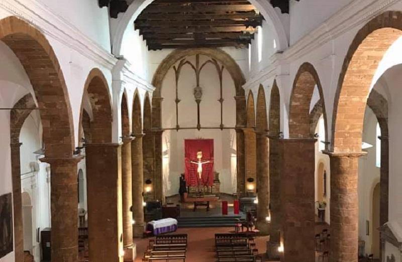 Torna nella sua chiesa l'antico rito della Discesa dalla Croce che domani sarà presieduto dal vescovo Fragnelli