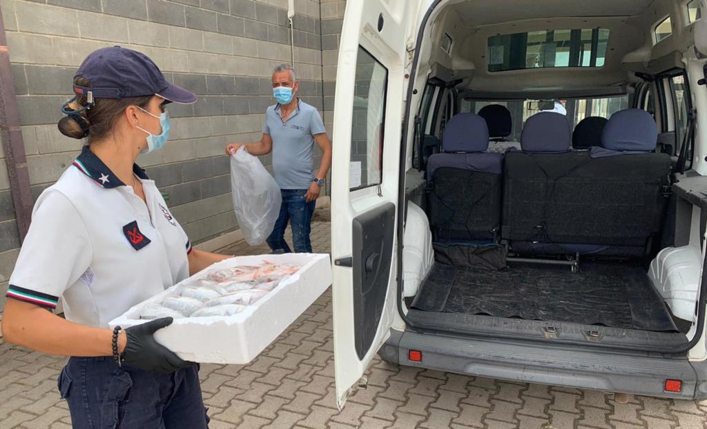 Derrate alimentari donate alla fondazione «San Vito Onlus»