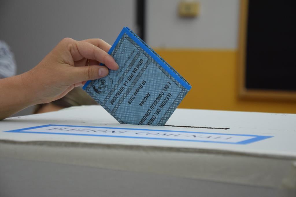 Alcamo, voto a domicilio: le richieste entro oggi