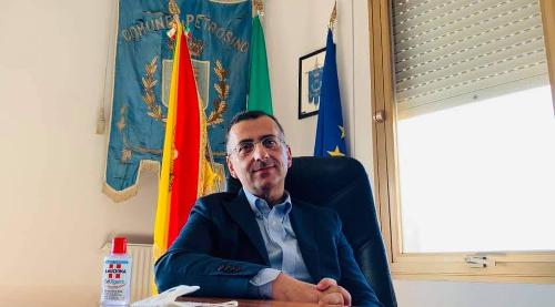 Campagna di vaccinazione anti-Covid, messaggio alla cittadinanza del sindaco di Petrosino