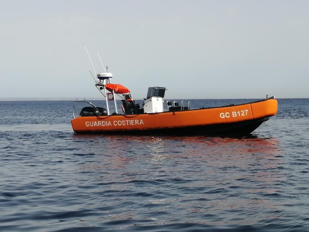 Egadi, salvate 11 persone e soccorse 3 imbarcazioni