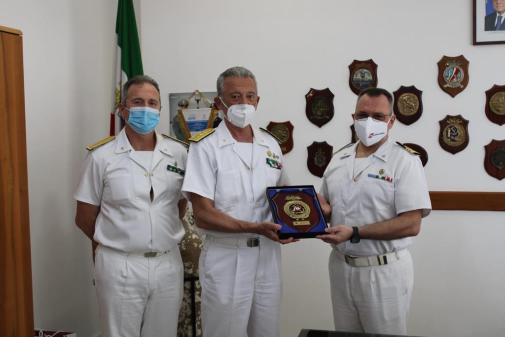 Il comandante generale del corpo delle capitanerie di porto in visita a Mazara del Vallo
