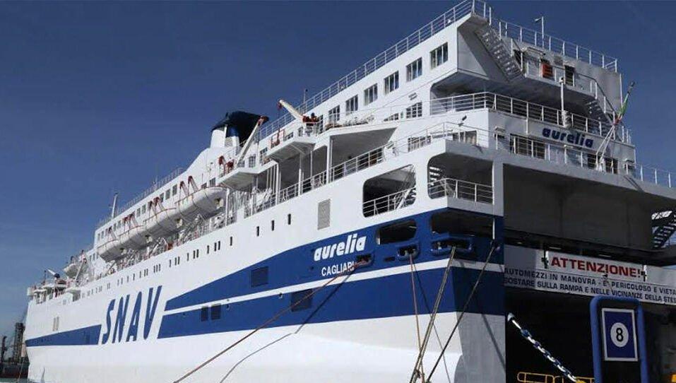 Torna a Trapani la nave quarantena Aurelia con a bordo 270 migranti