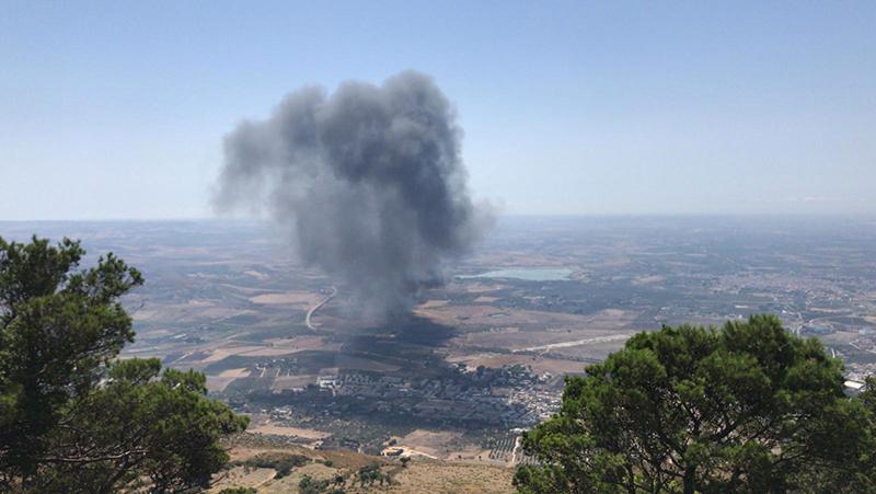 Grosso incendio nell'impianto di contrada Belvedere
