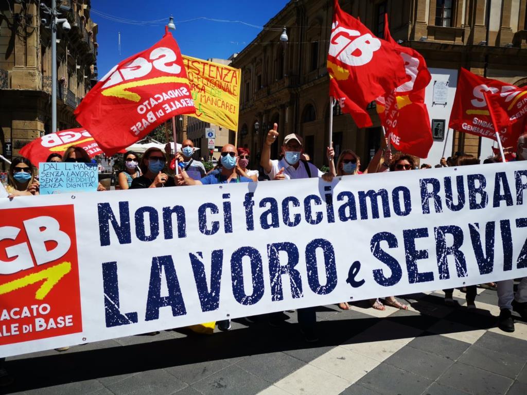Alunni disabili, il sindacato torna in piazza