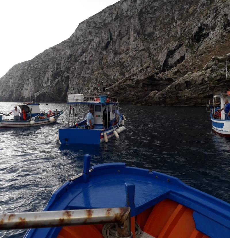 """Progetto """"Marine Litter"""" alle isole Egadi: i pescatori protagonisti nel recupero dei rifiuti marini"""