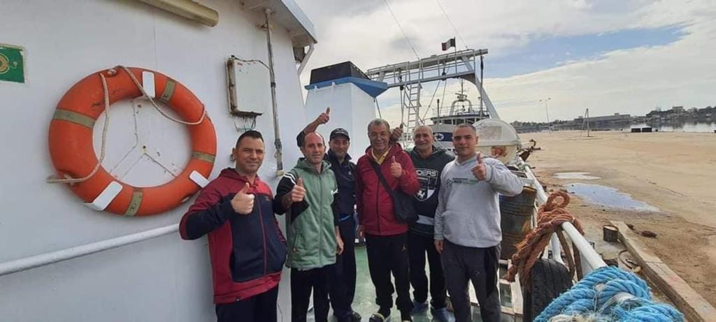 Le prime immagini dei pescatori mazaresi dopo la liberazione