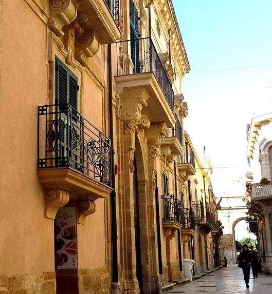 Marsala. La Regione finanzia la nascita di un Museo del Vino a Palazzo Fici