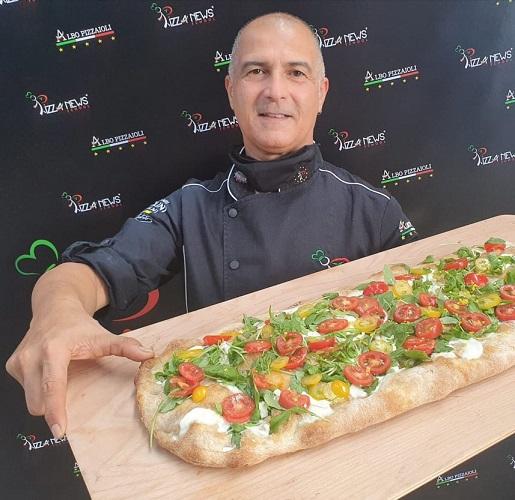 Il marsalese Maurizio Casano al 16° corso di Istruttore di Pizza News School