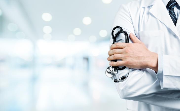 Trapani, in valutazione una decina di medici di base che non risulterebbero vaccinati contro il Covid19