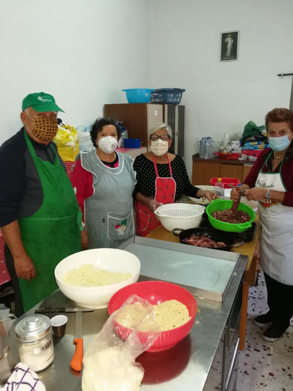 Trapani, domenica si distribuiscono 200 pasti offerti dai ristoratori