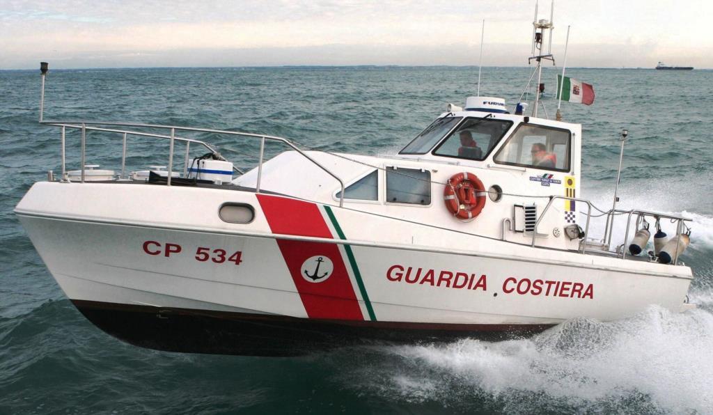 Sbarcheranno a Trapani i 50 migranti intercettati al largo di Campobello