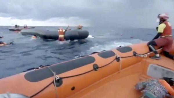 In viaggio verso Trapani la Open Arms, al largo di Lampedusa altro barchino in difficoltà