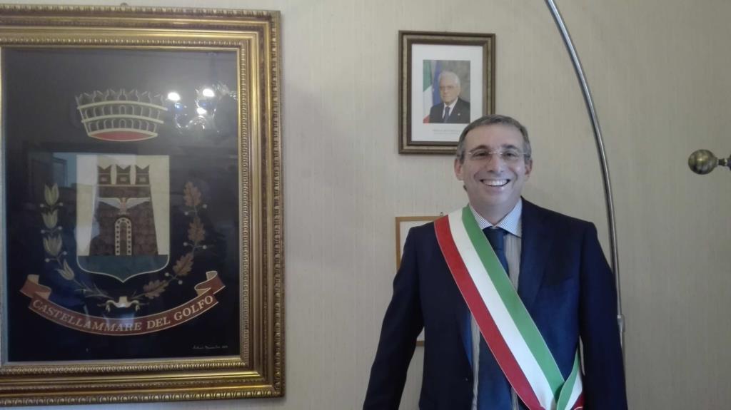 «Operazione Cutrara», interrogato il sindaco di Castellammare Nicola Rizzo