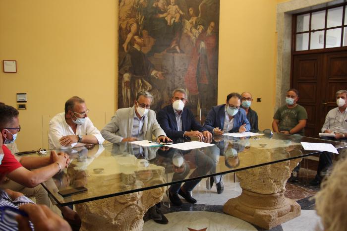 Marsala: l'amministrazione comunale incontra gli operatori balneari