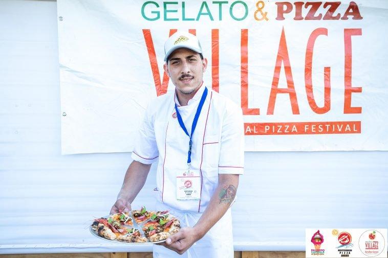 Vince la pizza al pesto alla Trapanese