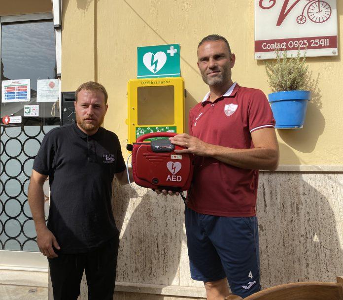 Trapani, installato un nuovo defibrillatore in città