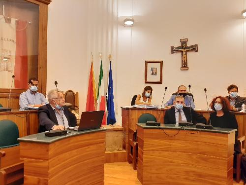 Nuovo assetto per il consiglio comunale di Castellammare del Golfo