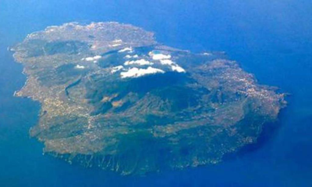 Pantelleria, sbarcati 85 migranti nel giro di poche ore