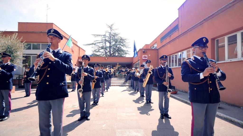 Torneremo a scuola con la Polizia di Stato (VIDEO)