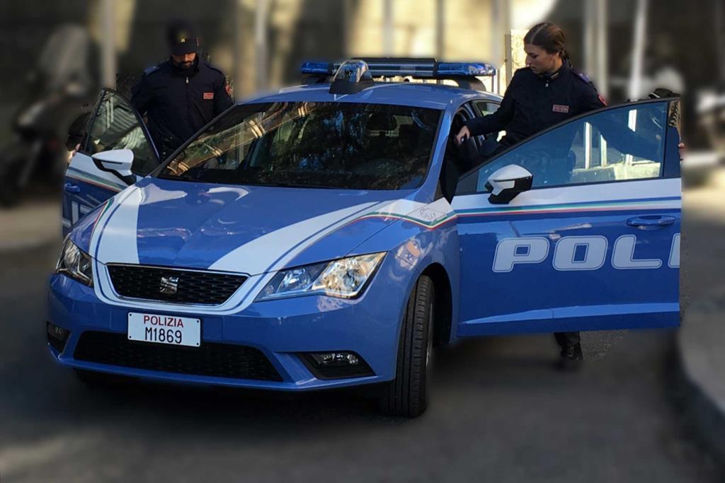 Non si ferma all'alt e scappa a folle velocità: arrestato dalla Polizia