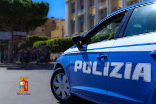 Trapani: maltratta i genitori per estorcergli denaro, arrestato dalla polizia