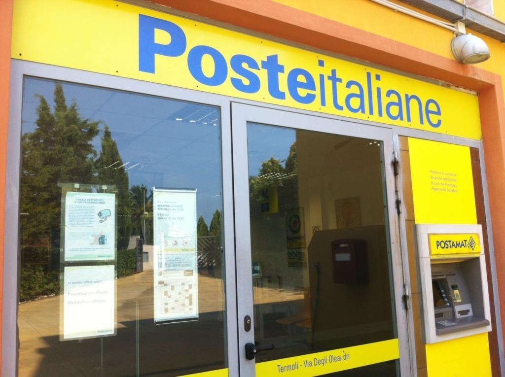 Poste Italiane assume 'Operatori di sportello'