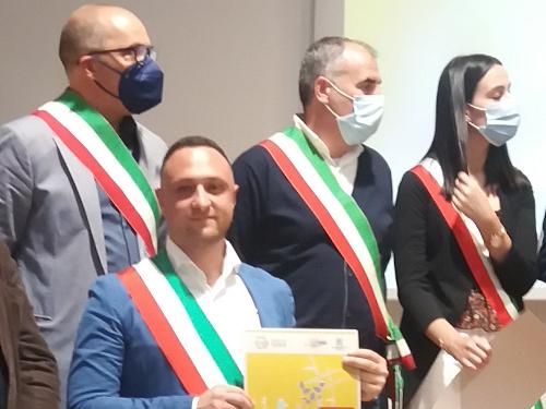Rifiuti ed economia circolare: all'eco forum di Palermo premiato il comune di Santa Ninfa