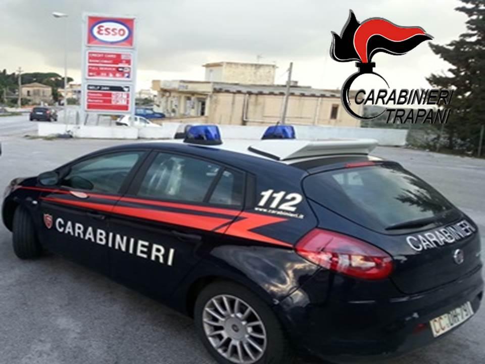Tenta il suicidio col gas, i Carabinieri la salvano