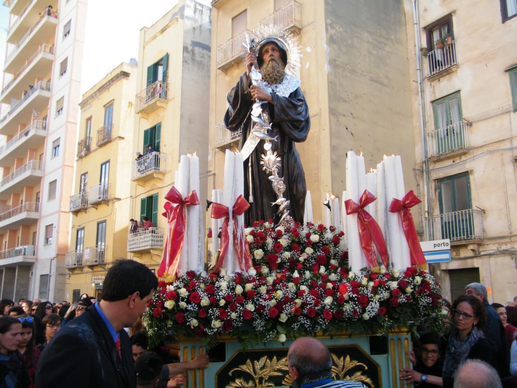 Mercoledì inizia in forma ridotta la festa di San Francesco di Paola