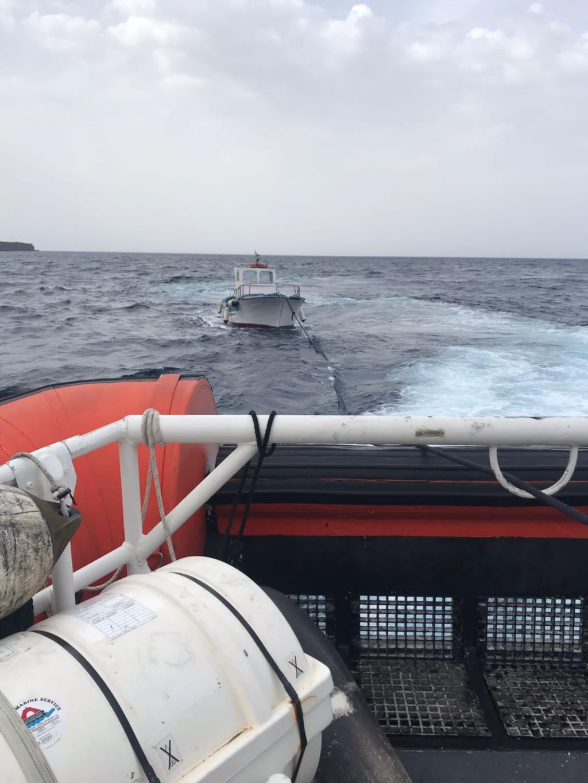 Pantelleria: due diportisti tratti in salvo dalla Guardia Costiera